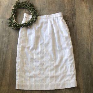 Vintage white pencil linen poly rayon skirt 12
